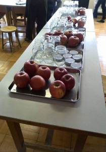 りんごと瓶